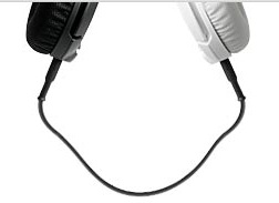 ad7423ea1cc The remaining input jack can be used to share your sound by simply plugging  another headset into the Flux so multiple users can listen to the same  device.